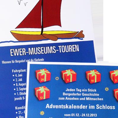 Diverse Plakate und Informationsmaterialen zum Programm und zu Veranstaltungen im Museum für Bergedorf und die Vierlande